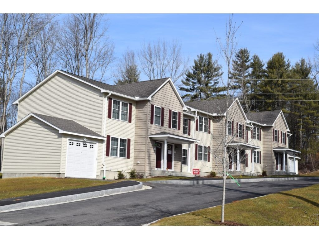 MANCHESTER NH Condo for rent $Condo For Lease: $1,800 with Lease Term