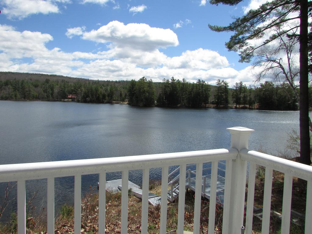 GRAFTON NH Lake House for sale $$229,900 | $154 per sq.ft.
