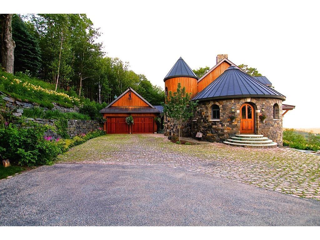 Strafford VTHome for sale $$1,075,000 $299 per sq.ft.
