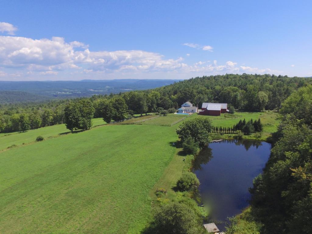 Weathersfield VT Home or Farm Acres: 220.92   Beds: 4