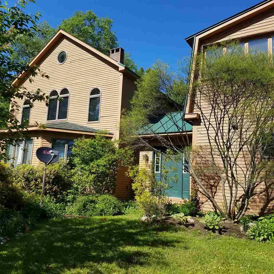 Newark VTHorse Farm | Property  on Private