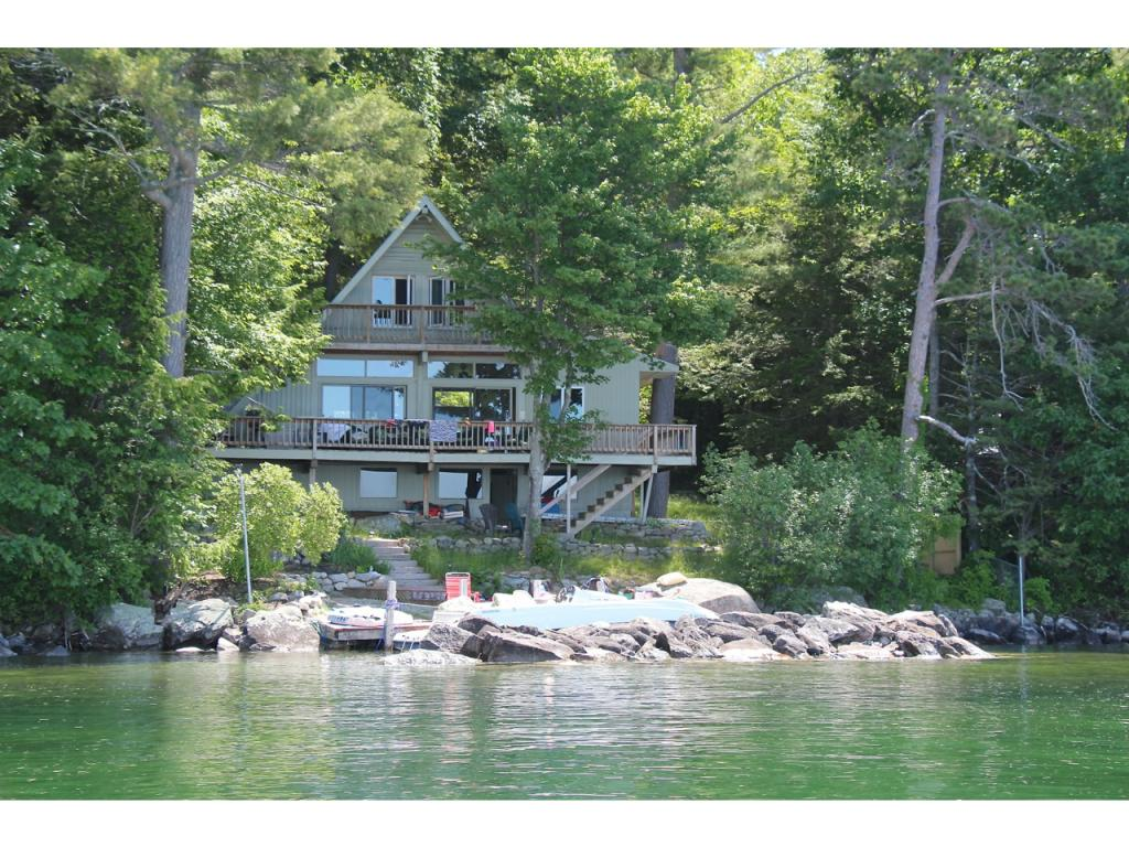 MLS 4497043: 44 Eaglemere Road, Tuftonboro NH
