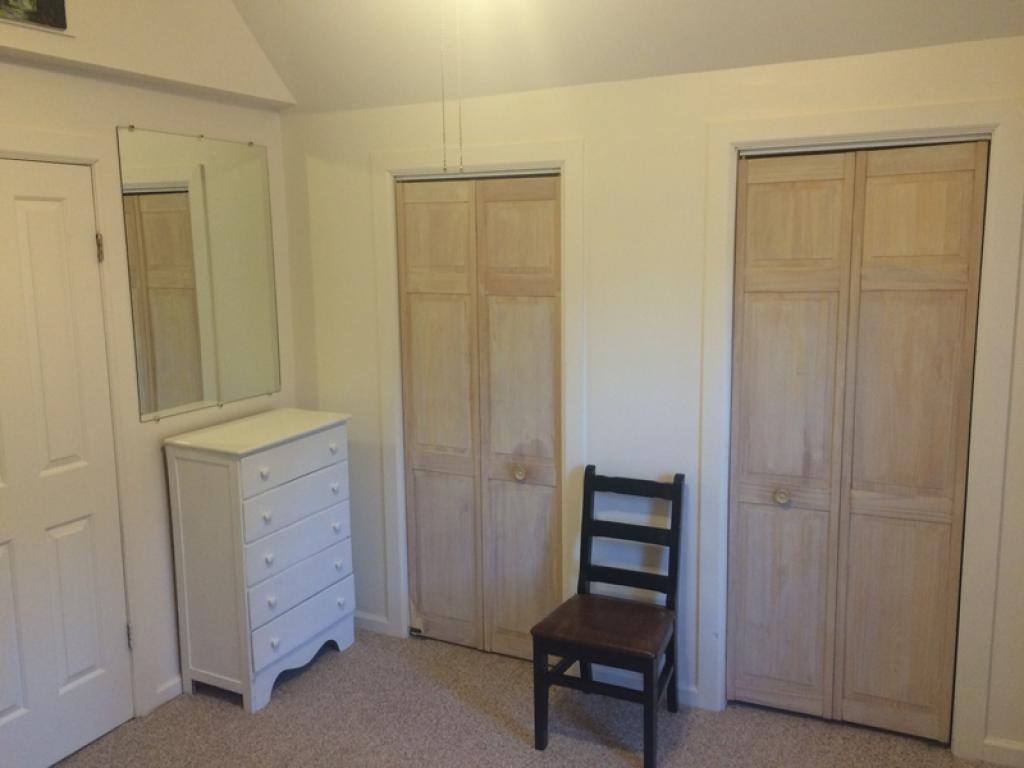 lower unit living room 8950780