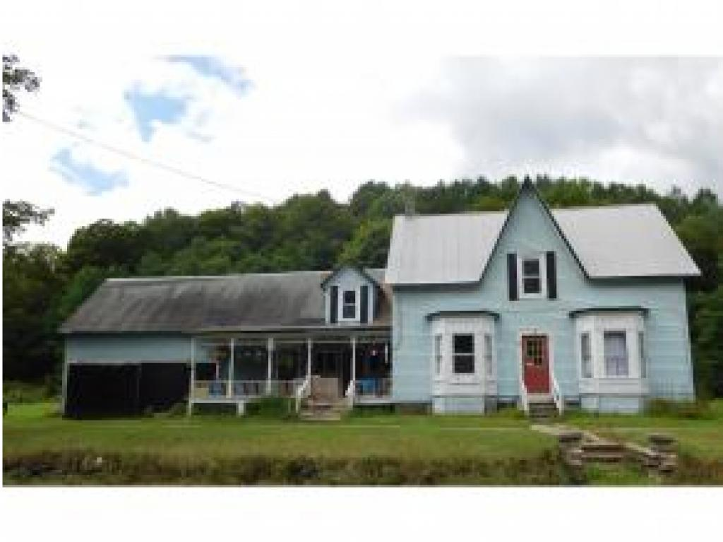 Tunbridge VT Multi Family for sale $List Price is $125,000