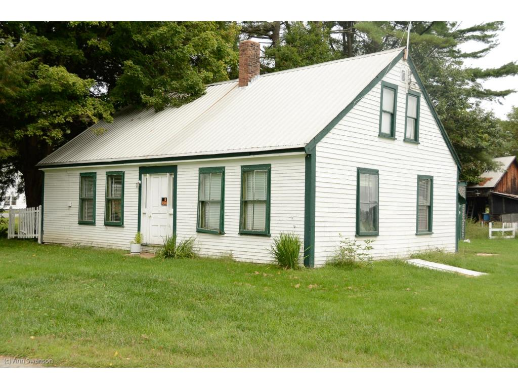 FAIRLEE VT Home for sale $$107,000 | $72 per sq.ft.