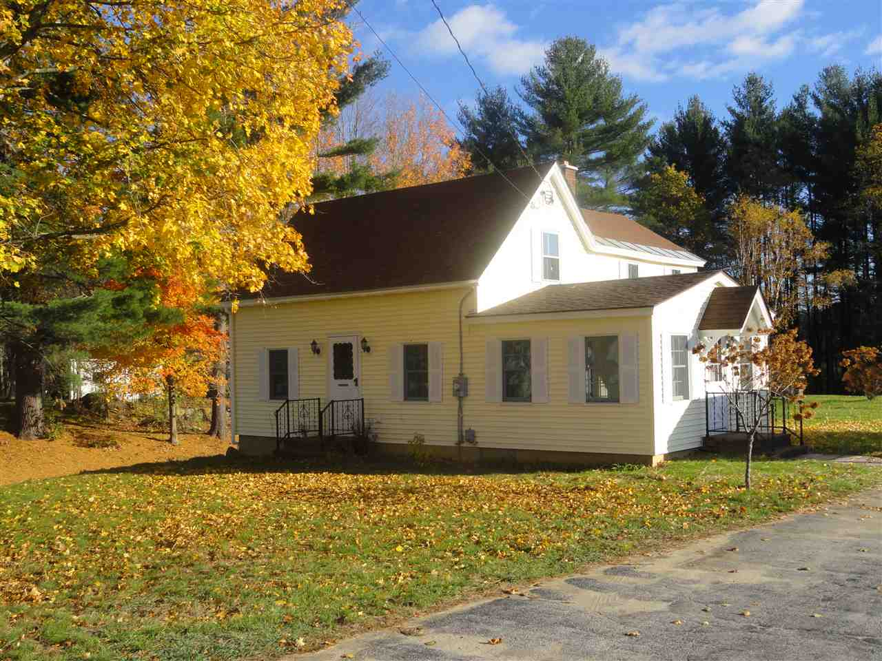SWANZEY NH Home for sale $$219,900 | $144 per sq.ft.
