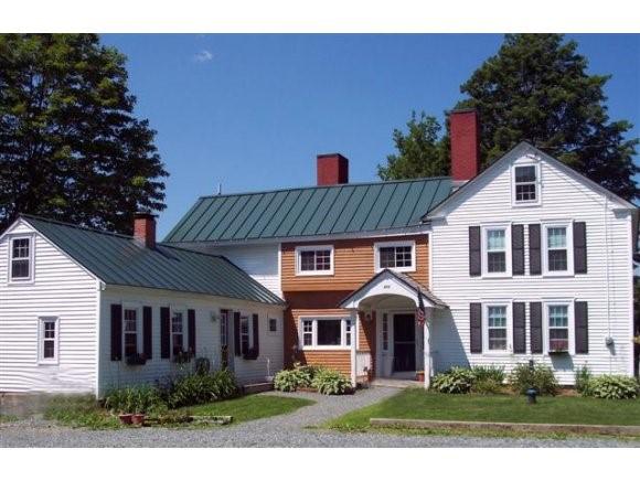 TOPSHAM VTLake House for sale $$229,900 | $61 per sq.ft.