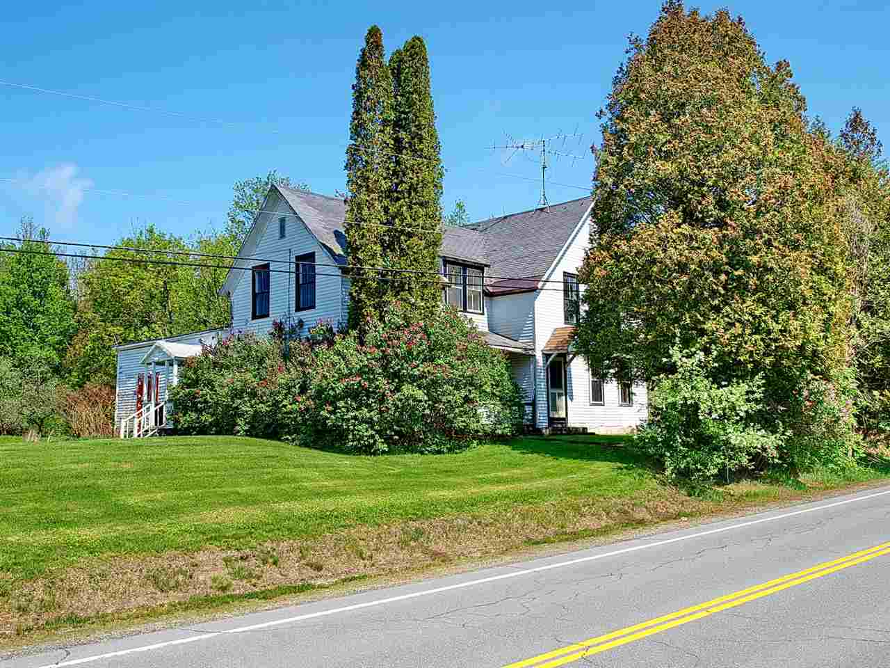 BETHLEHEM NH Home for sale $$109,000 | $63 per sq.ft.