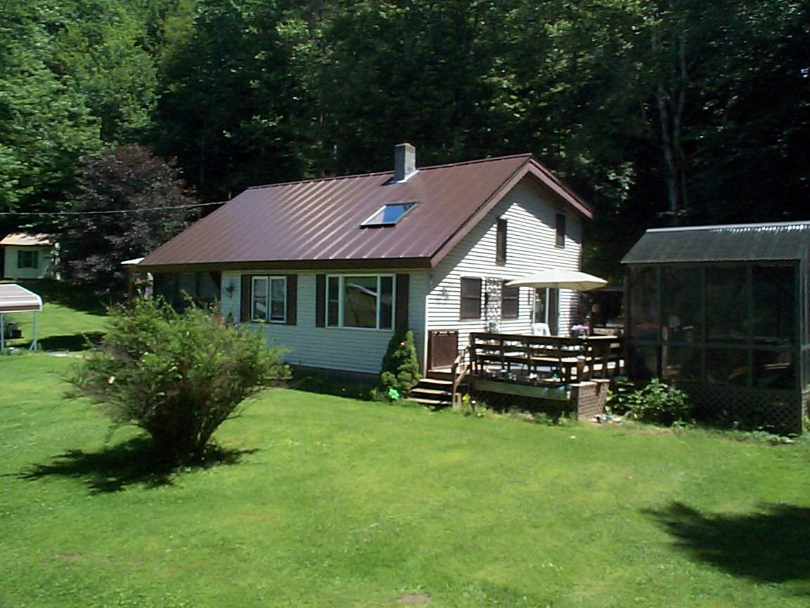 Hartland VT Home for sale $List Price is $230,000