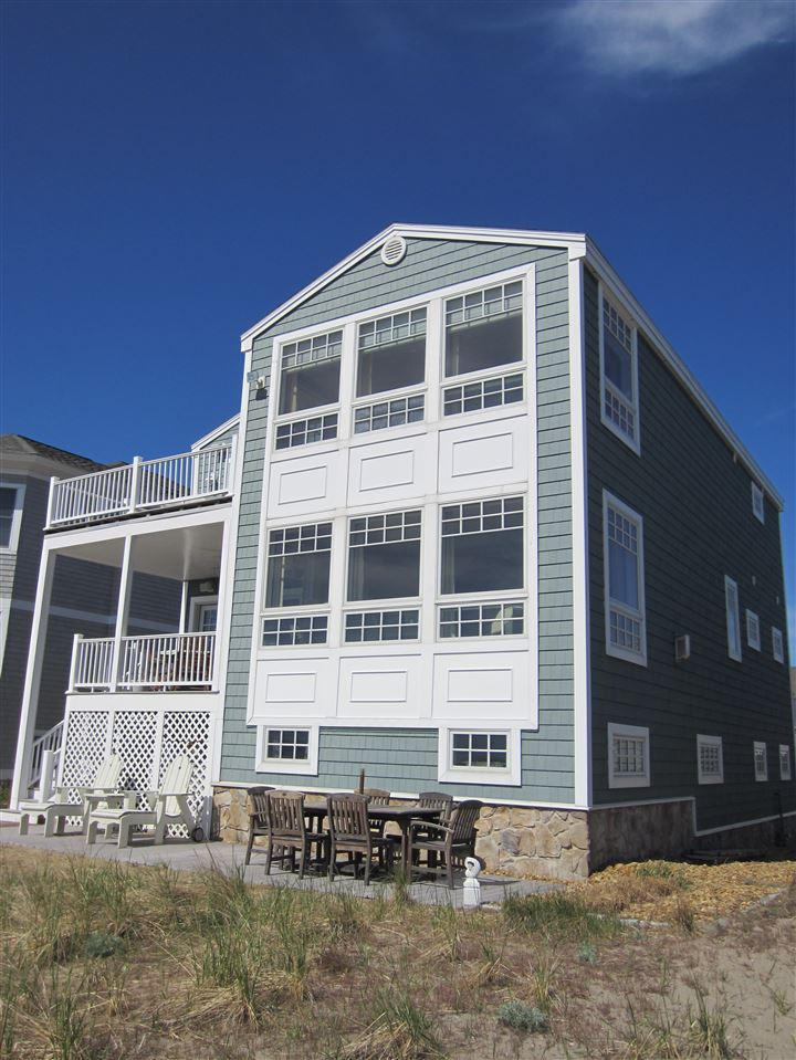 HAMPTON NHHome for sale $$1,645,000 | $576 per sq.ft.