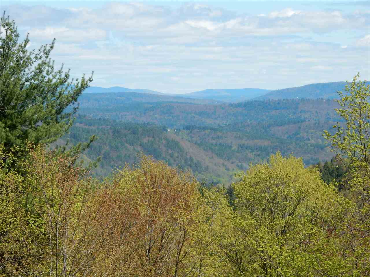 HARTFORD VT LAND  for sale $$65,000 | 3.05 Acres  | Price Per Acre $0