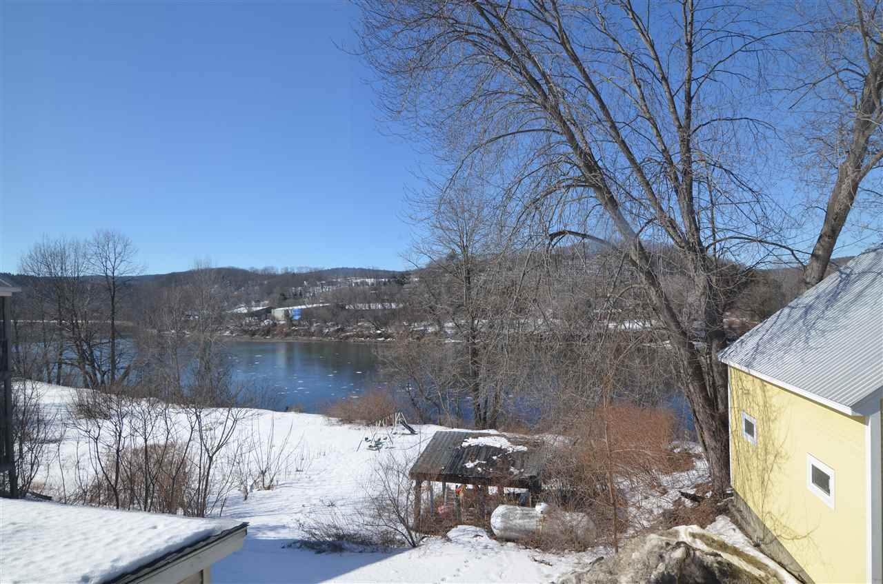 LEBANON NH Lake House for sale $$184,500 | $131 per sq.ft.
