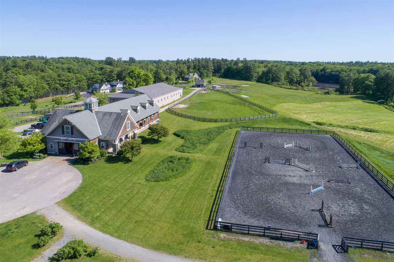 Dover NH Horse Farm | Property  on FRESH CREEK / COCHECO RIVER