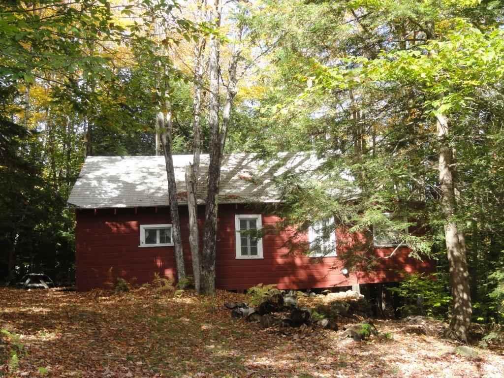 SUNAPEE NH Home for sale $$118,500 | $183 per sq.ft.