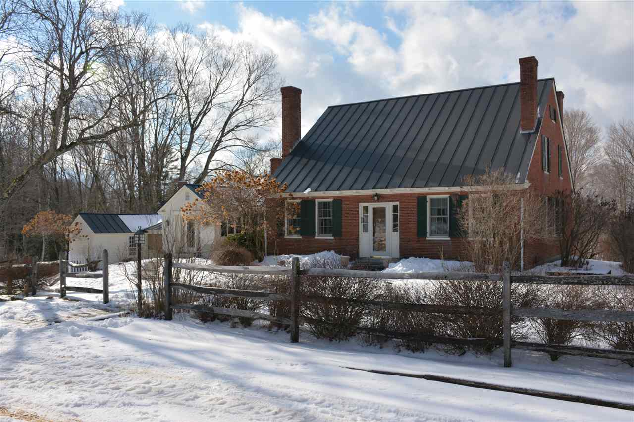 LYME NH Home for sale $$895,000 | $252 per sq.ft.