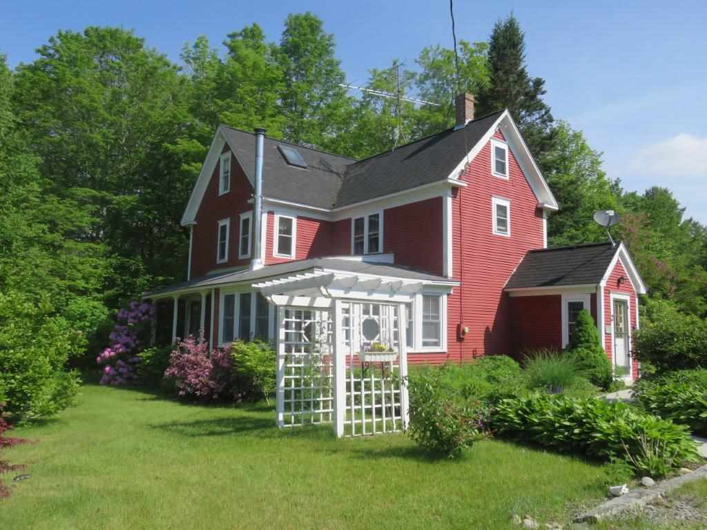 CANAAN NH Home for sale $$259,000 | $144 per sq.ft.
