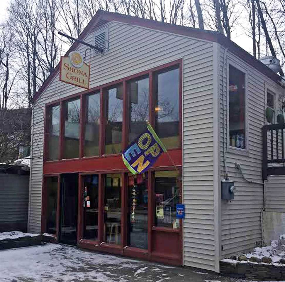 VILLAGE OF BELLOWS FALLS IN TOWN OF ROCKINGHAM VT Commercial Property for sale $$165,000 | $84 per sq.ft.