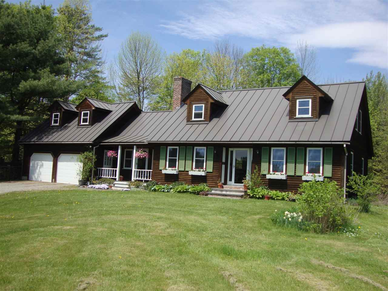 THETFORD VT Home for sale $$399,900 | $240 per sq.ft.