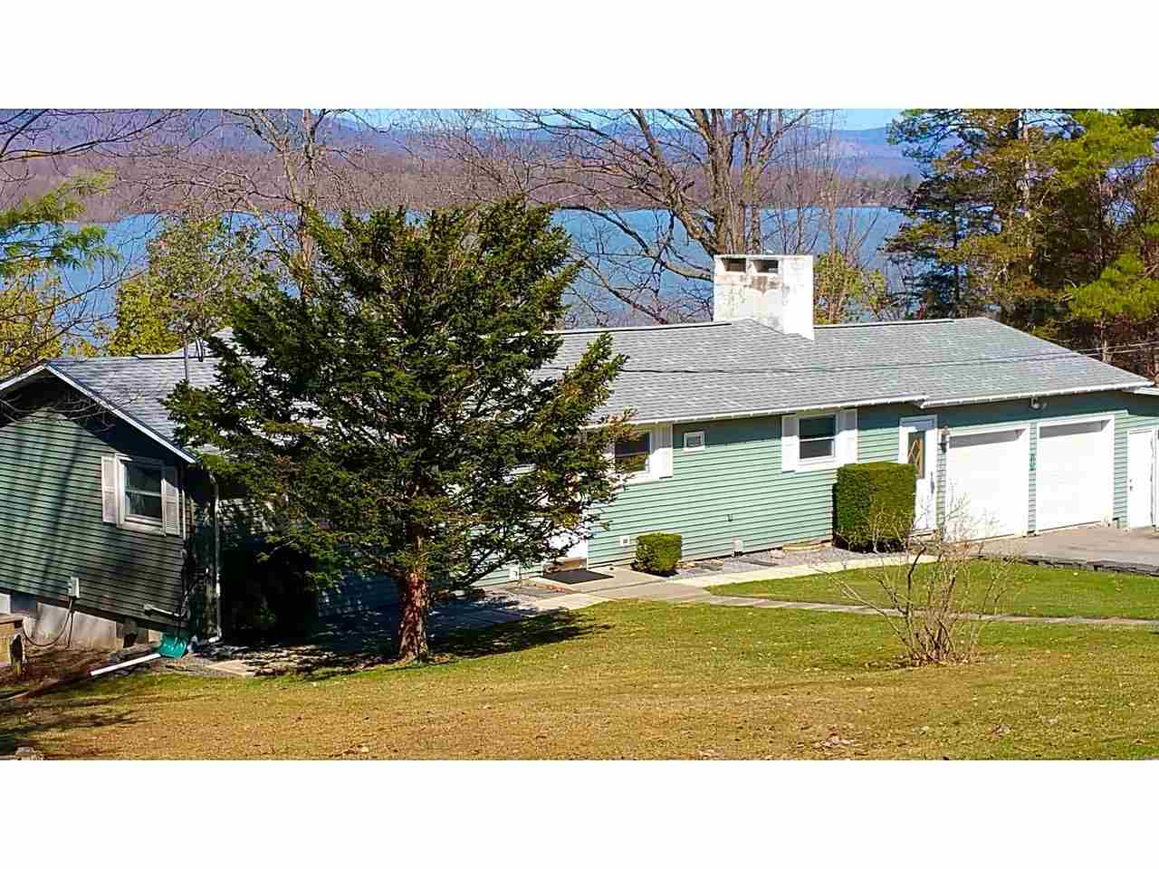 BRIDPORT VT Home for sale $$299,900 | $246 per sq.ft.