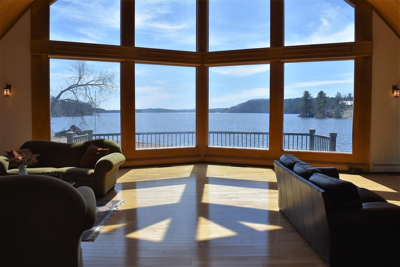CASTLETON VTLake House for sale $$1,290,000 | $350 per sq.ft.