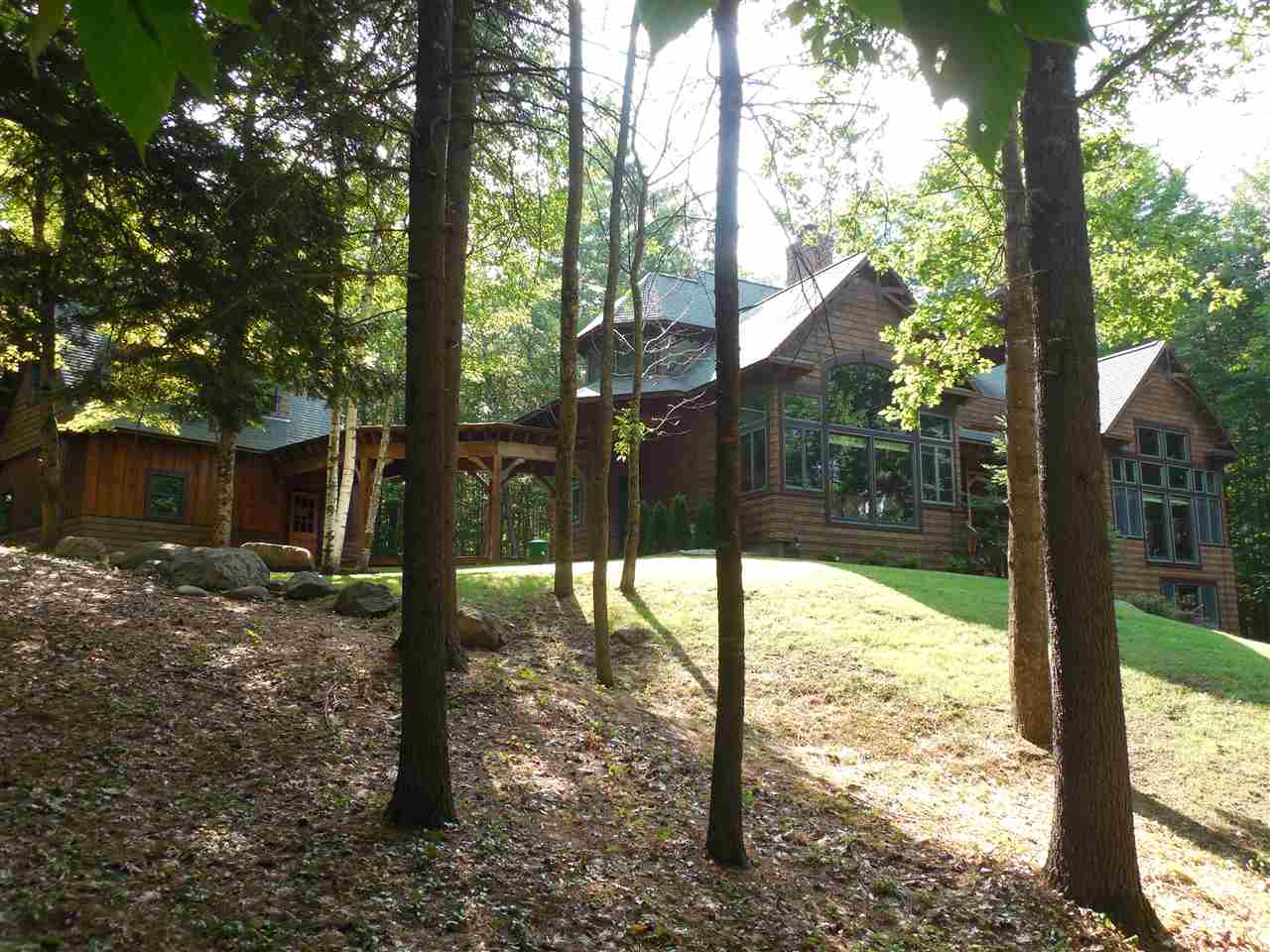 HOLDERNESS NH  Home for sale $885,000