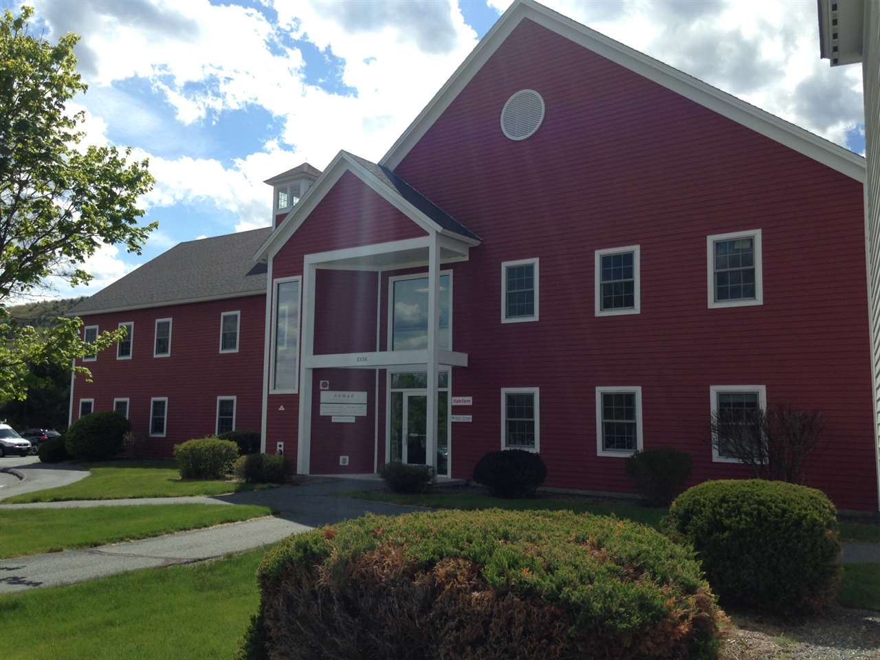 HARTFORD VT Commercial Lease for rent $Commercial Lease For Lease: $825 with Lease Term