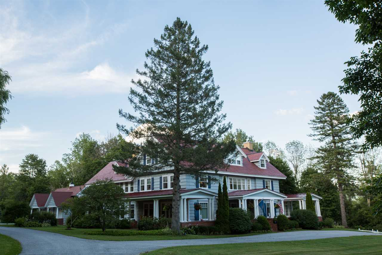 MANCHESTER VT Home for sale $$1,450,000 | $193 per sq.ft.