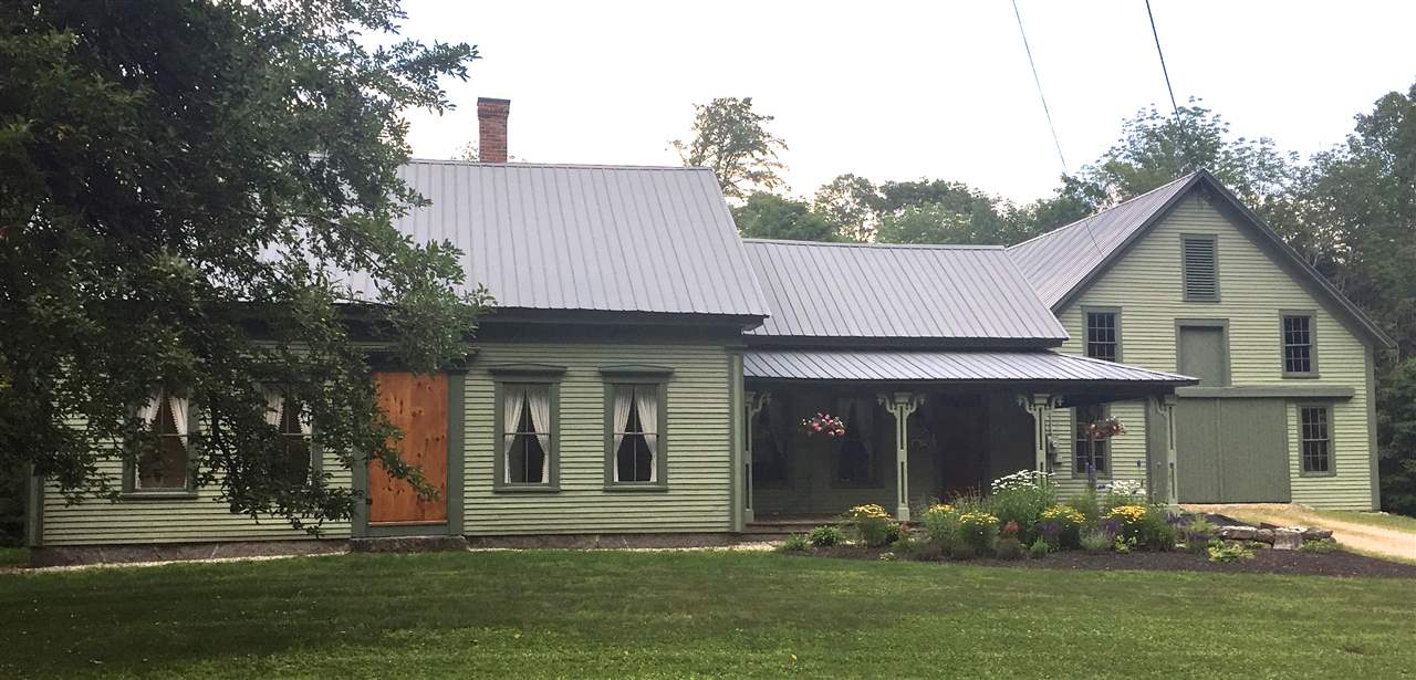 SANDWICH NH  Home for sale $359,000