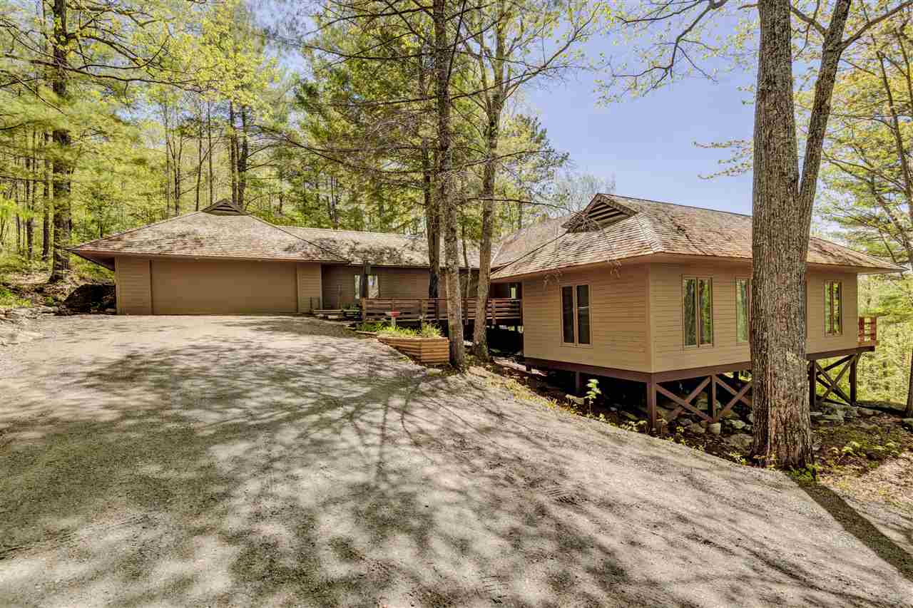 SUNAPEE NH Home for sale $$419,000 | $251 per sq.ft.