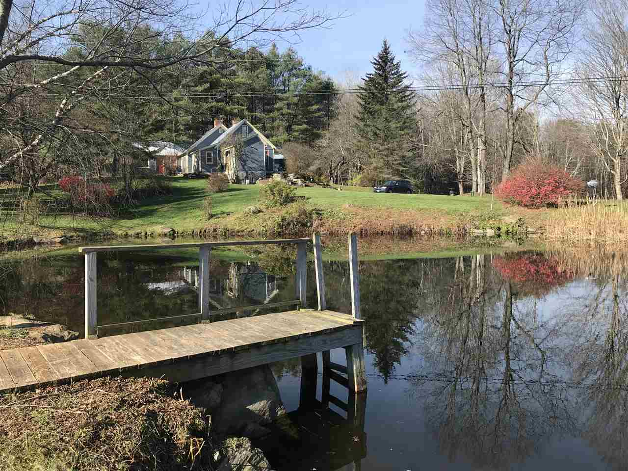 HARTLAND VT Lake House for sale $$349,000 | $150 per sq.ft.
