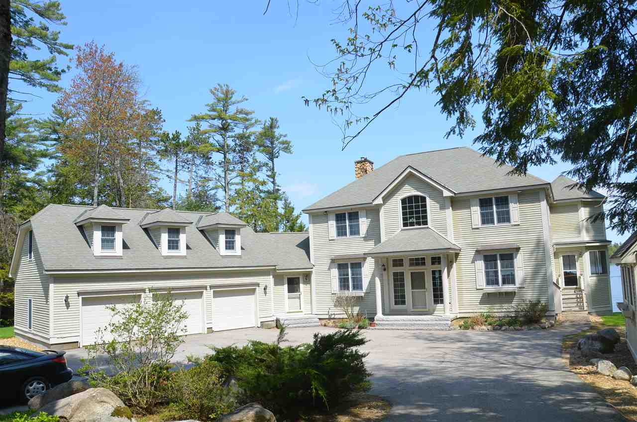 GILFORD NH Lake House for sale $$2,395,000 | $718 per sq.ft.