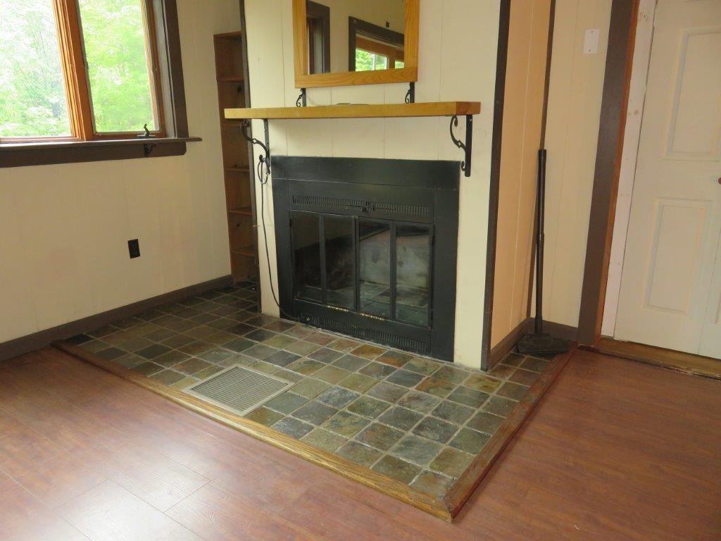 Hearth/Fireplace