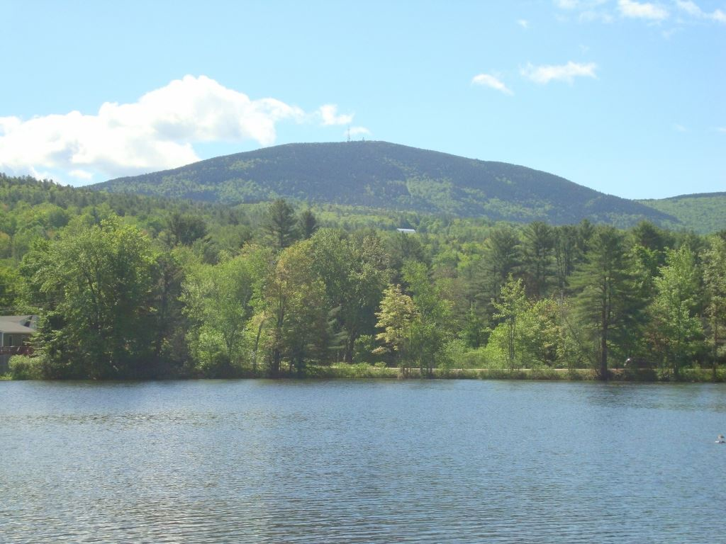 WILMOT NH Lake House for sale $$399,000 | $573 per sq.ft.