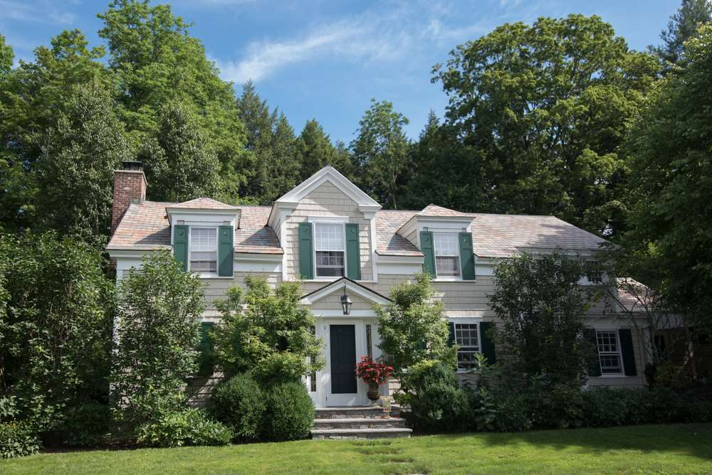 MANCHESTER VT Home for sale $$985,000 | $237 per sq.ft.