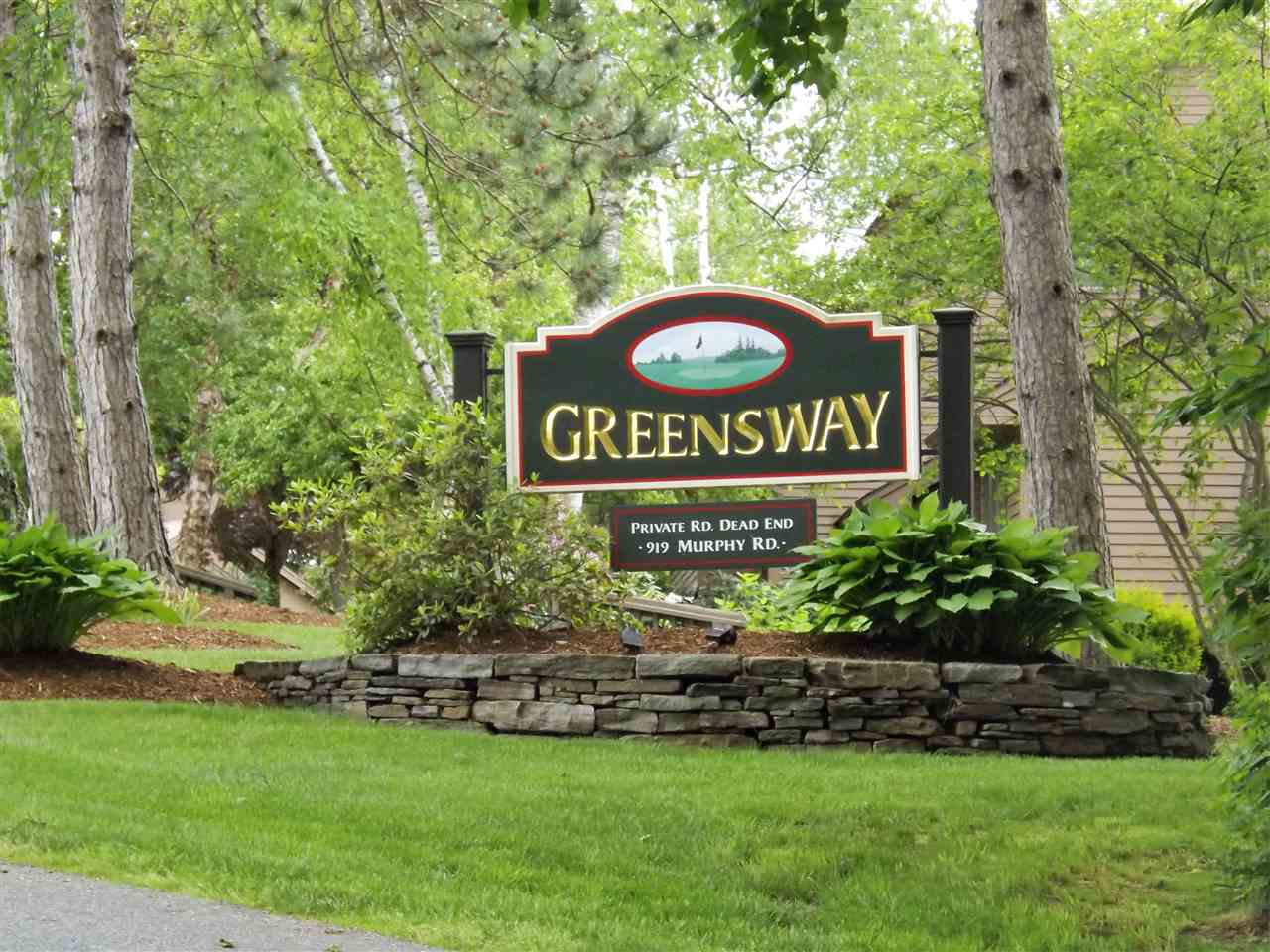 VILLAGE OF QUECHEE IN TOWN OF HARTFORD VTCondo for sale $$305,000 | $332 per sq.ft.