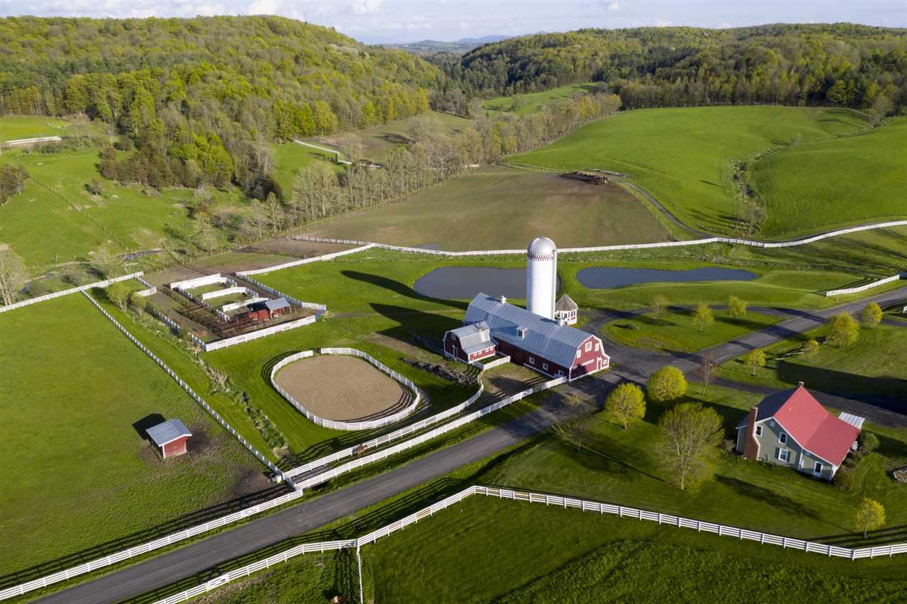 Shoreham VTHorse Farm | Property  on Several Ponds