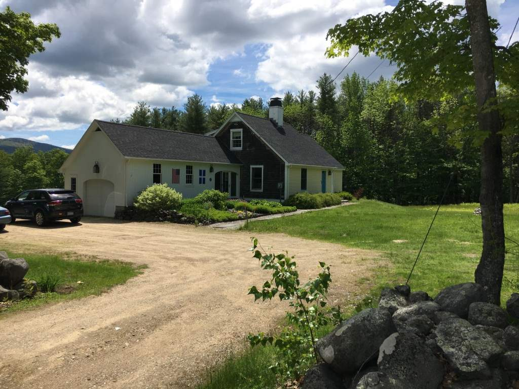 SANDWICH NH  Home for sale $380,000
