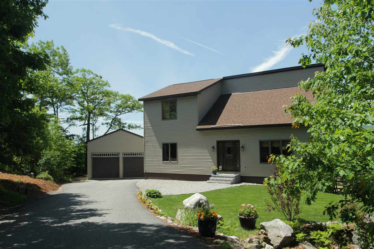 NEWBURY NH Home for sale $$435,000 | $198 per sq.ft.