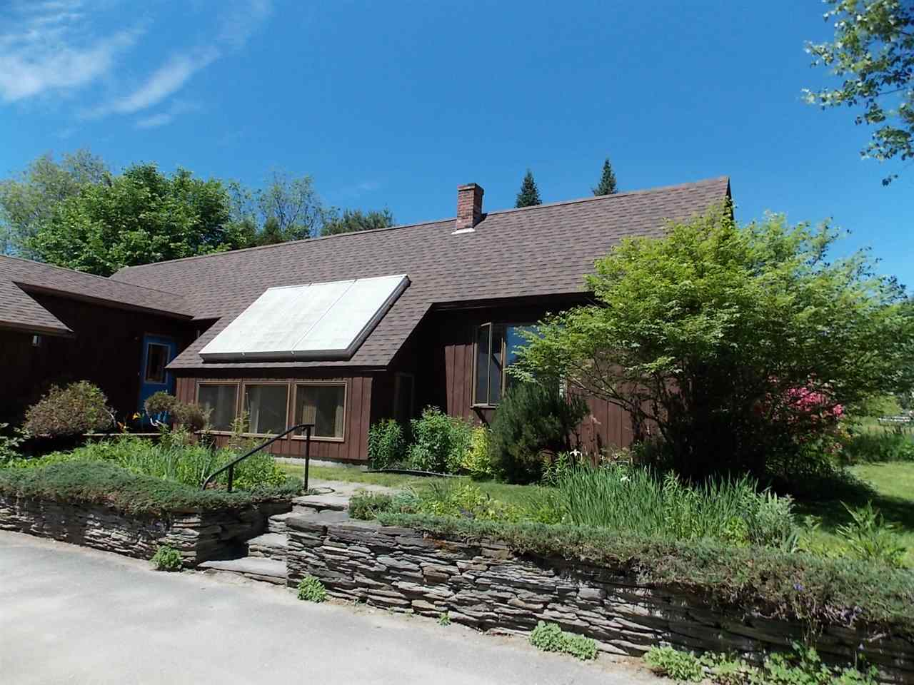 ST. JOHNSBURY VTHome for sale $$237,500 | $144 per sq.ft.