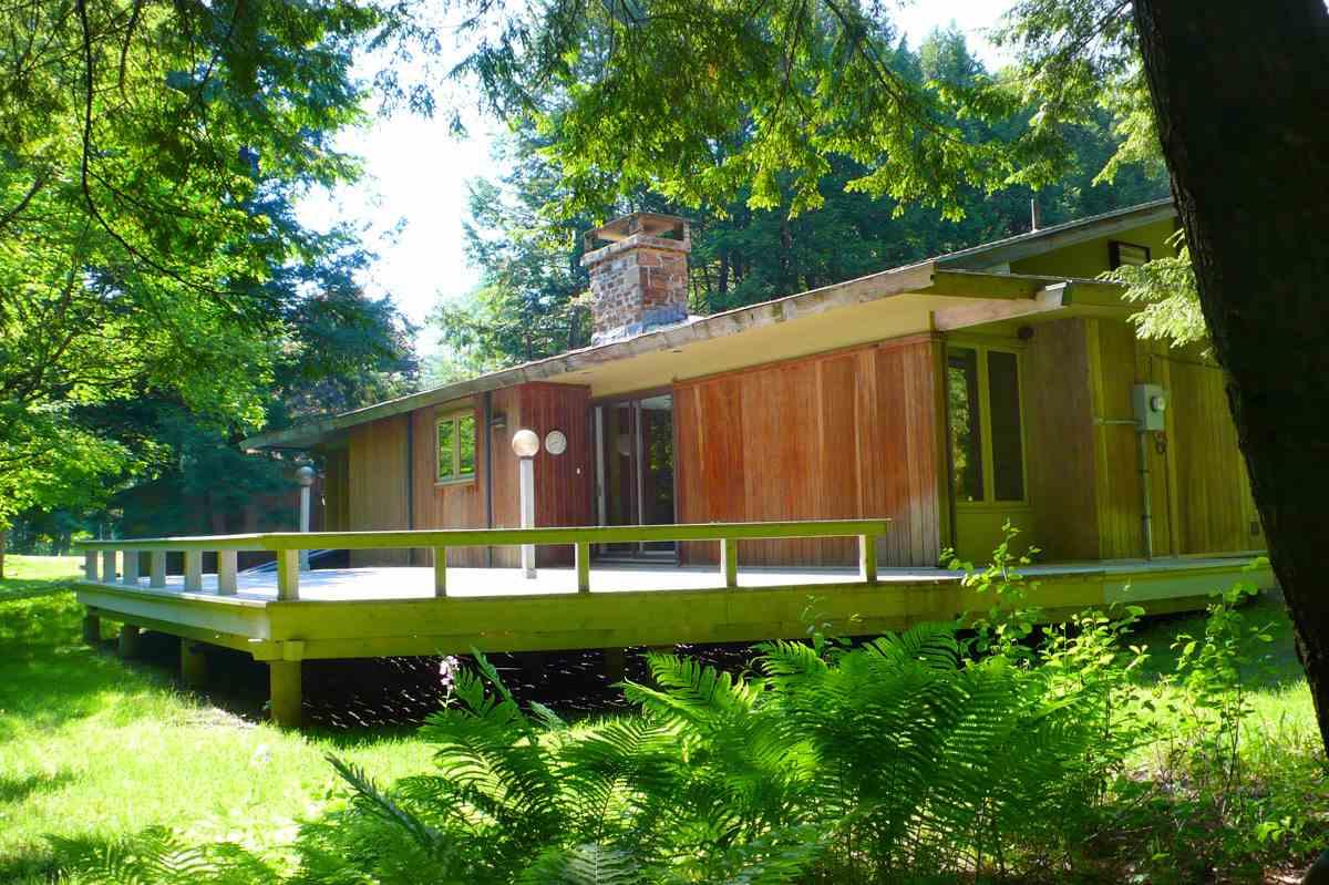 BRATTLEBORO VTLake House for sale $$339,000   $173 per sq.ft.