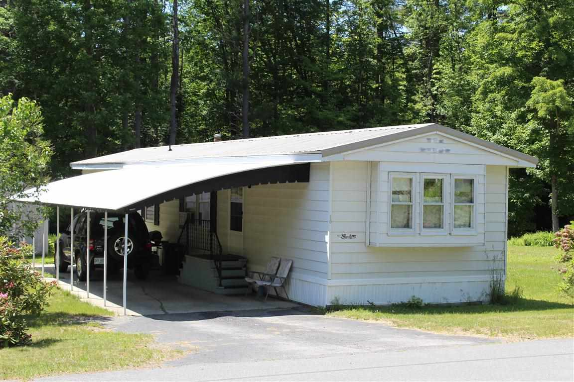 CLAREMONT NH Mobile-Manufacured Home for sale $$22,000 | $23 per sq.ft.