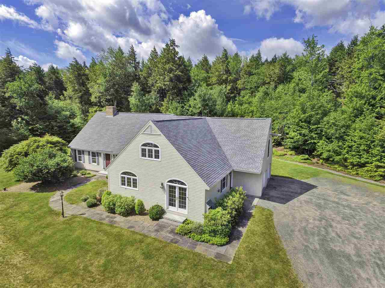 NEW LONDON NH Home for sale $$474,000 | $123 per sq.ft.