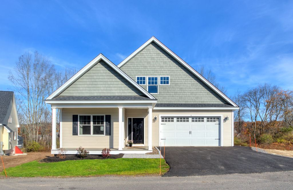 Windham NH Condo for sale $List Price is $489,900