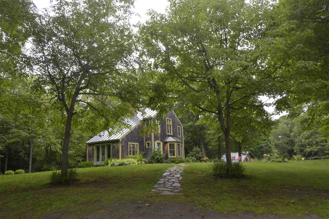 Pomfret VT Home for sale $List Price is $598,500