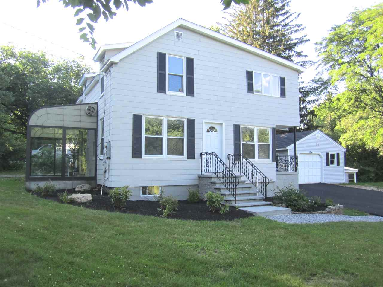 Bedford NH Home for sale $List Price is $264,900