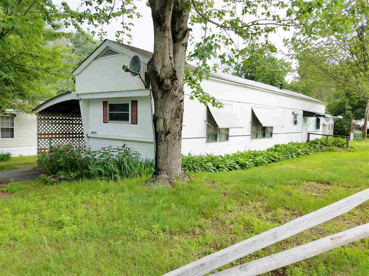 CHARLESTOWN NH Mobile-Manufacured Home for sale $$13,900 | $18 per sq.ft.