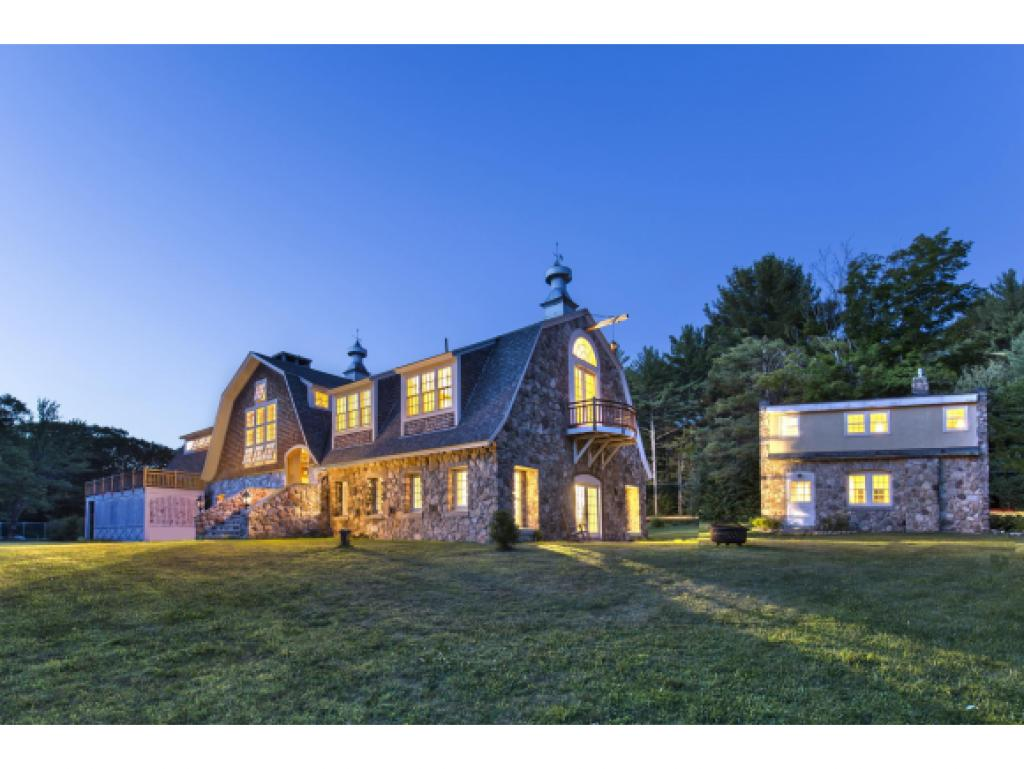 NEWBURY NH Home for sale $$1,575,000 | $188 per sq.ft.