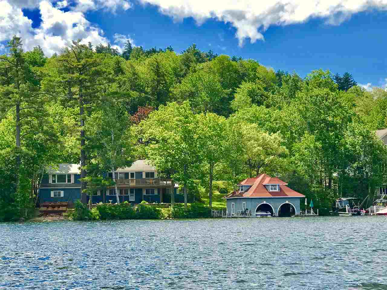 SUNAPEE NH Lake House for sale $$1,750,000 | $1,270 per sq.ft.