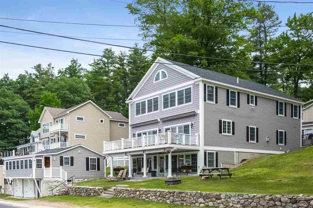 ALTON NH Lake House for sale $$1,097,000 | $234 per sq.ft.