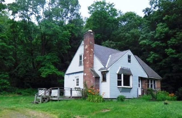 VILLAGE OF SAXTONS RIVER IN TOWN OF ROCKINGHAM VT Home for sale $$49,500 | $35 per sq.ft.